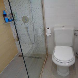 rastici-apartment-bathroom-1-l